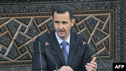 Sirijski predsednik govori u parlamentu u Damasku