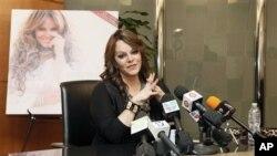 Penyanyi Meksiko Amerika Jenni Rivera dalam sebuah jumpa pers Agustus lalu. (Foto: Dok)
