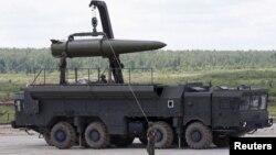 """Rudal Rusia yang diberi nama """"Iskander"""" (foto: dok)."""