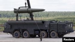 Российский тактический ракетный комплекс «Искандер» (архивное фото)