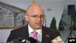 Maqedoni, ambasadori amerikan komenton mbi regjistrimin e popullsisë