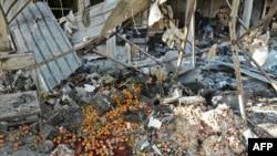 Un mercado de Maaret al Numan tras un bombardeo, en la provincia siria de Idlib, el 2 de diciembre de 2019. Foto: AFP/Omar HAJ KADOUR.
