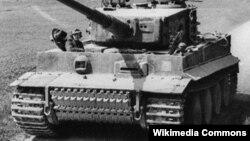 "Танк ""Тигр"" бронетанковых войск нацистской Германии. Wikimedia Commons. Author Scheck. 21 марта 1944 г."
