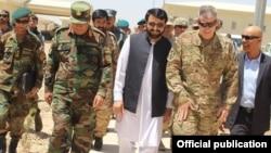 در حال حاضر نیروهای مأموریت حمایت قاطع، صرف نظامیان افغان را در صورت ضرورت در عملیاتهای شبانه کمک میکنند.