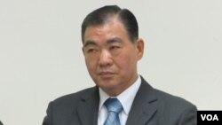 台湾内政部移民署副署长何荣村(美国之音张永泰拍摄)