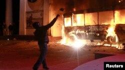 1月19日在基辅,支持与欧盟融合的抗议者与警察发生冲突