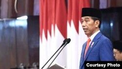 Presiden Joko Widodo sampaikan pidato pada rapat paripurna pembukaan persidangan I DPR RI Tahun 2019-2020, di Gedung DPR/MPR RI, Senayan, Jakarta, 16 Agustus 2019. (Foto: Biro Pers)