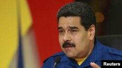 Los venezolanos esperan medidas económicas que mejoren su situación.