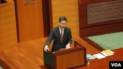 香港特首梁振英出席立法會施政報告答問大會