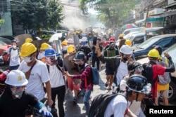 میانمار میں فوج کے اقتدار پر قبضے کے خلاف مظاہرے جاری ہیں۔ 7 مارچ 2021