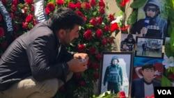 Jurnalist Məhərrəm İbrahimovun məzarı başında