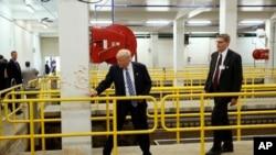 2016年9月14日,美国总统候选人川普参观密西根州弗林特市供水设施