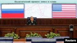 时任俄罗斯副防长的安东诺夫2016年10月7日就叙利亚局势发表评论(路透社)
