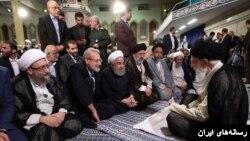 این عکس بعد از دیدار رسمی مقامات کشوری و لشکری جمهوری با علی خامنهای منتشر شد.