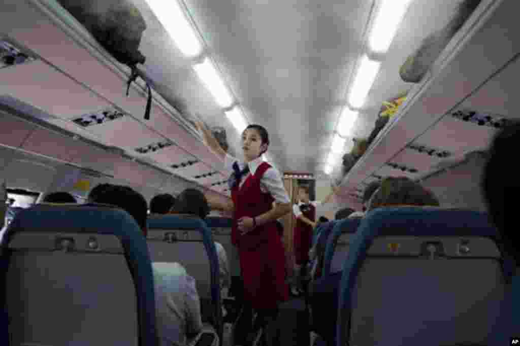 북한 고려항공이 자체 홈페이지를 통해 인터넷 예약과 발권 서비스를 시작했다. 전세계 거의 모든 항공사가 오래 전부터 하고 있던 서비스에 뒤늦게 동찬한 것이다.