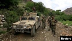 بر اساس گزارش سیگار در چهار ماه نخست سال روان میلادی بیش از ۲۵۰۰ نیروی امنیتی افغان کشته و اضافه از ۴۲۰۰ تن زخمی شده اند
