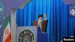 Le guide suprême iranien discrédite les manifestations anti-pouvoir