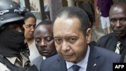 Jean-Claude Duvalier, ansyen Prezidan Avi Ayisyen, aprè retou l ann Ayiti.
