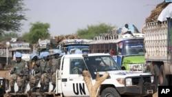 Para anggota tentara perdamaian PBB yang bertugas di Sudan (foto: dok).