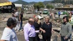 میشل بشلت رئیس جمهوری شیلی در حال بازدید از مناطق آسیب دیده