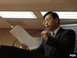 國民黨籍立委吳育升3月20日在立法院 (美國之音申華拍攝)