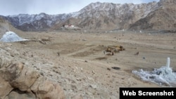 Photo Ice Stupa Artificial Glacier Project