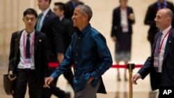 奧巴馬總統7日晚宴後離場,此前他與菲律賓總統杜特爾特進行了短暫的非正式會面。