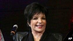Liza Minnelli saat tampil di New York, 9 Mei 2014. (Foto: dok).