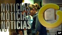 El canal estuvo al aire por 18 años, de los cuales 13, según Zuloaga, estuvo bajo hostigamiento de parte del gobierno de Chávez.