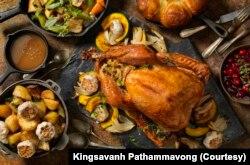 Hidangan Thanksgiving. (Foto: Courtesy/Kingsavanh Pathammavong)