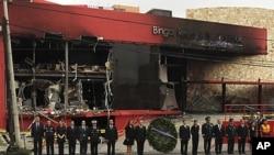 縱火導致50多人遇難。