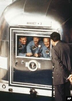 President Nixon greeted Apollo 11 astronauts