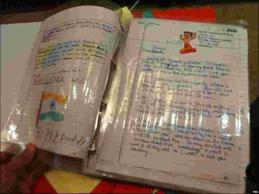 طلبا کی جانب سے پاکستان اور بھارت امن پیغامات کے ہاتھ سے لکھے گئے خطوط