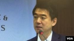 前大阪府知事桥下彻星期一在国际战略研究中心发表演讲。