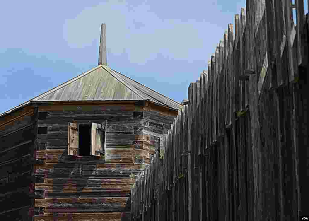 Стена и башня