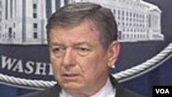 El demandante, Abdullah al-Kidd asegura que fue capturado en el aeropuerto internacional Dulles, en Virginia, a las afueras de Washington, y detenido como testigo durante 16 días en 2003.