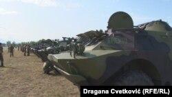 Primopredaja deset ruskih oklopnih vozila Vojsci Srbije u Nišu (Foto: Dragana Cvetković RFE/RL)