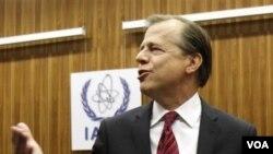 Utusan AS ke pertemuan IAEA di Wina, Glyn Davies, meragukan kesungguhan Iran dalam keterbukaan program nuklirnya (12/9).