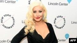 کریستینا آگیلرا خواننده ۳۷ ساله آمریکایی