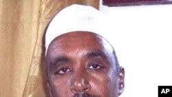 Xildhibaanno Xilkii ka Qaaday Shariif Xasan