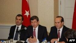 Davutoğlu BM Genel Sekreteri İle Görüştü