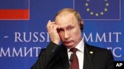 Rossiya prezidenti Vladimir Putin Yevropa ittifoqi-Rossiya sammitida, 28-yanvar, 2014-yil, Bryussel.