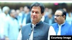 پاکستاني مطبوعات وايي ښايي عمران خان همدا روانه میاشت واشنګټن ته ولاړ شي