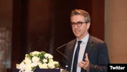 Đại sứ Liên minh châu Âu tại Việt Nam Giorgio Aliberti phát biểu tại Hội thảo Quốc tế về Biển Đông lần thứ 12 ở Hà Nội hôm 17/11/2020. Twitter South China Sea Connect