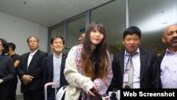 段氏香抵達河內的內排機場。(2019年5月3日)