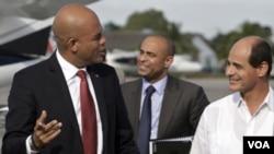 Michel Martelly a su llegada al aeropuerto internacional de La Habana.