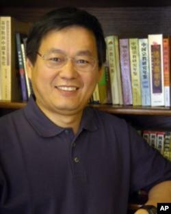 普度大学的杨凤岗教授