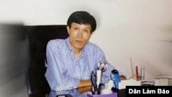 Ông Nguyễn Hữu Vinh, người sáng lập trang anh Ba Sàm