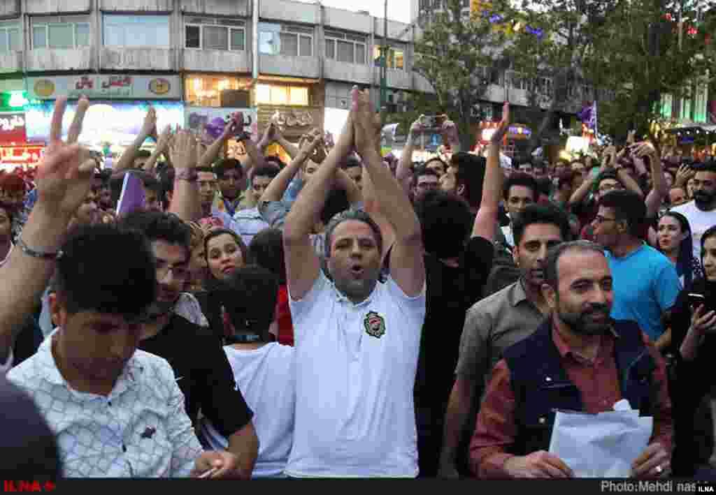 جشن پیروزی هواداران حسن روحانی در تهران