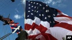 Các học giả: Ngày càng nhiều nước dựa vào Mỹ về an ninh song ngả về TQ trong vấn đề kinh tế